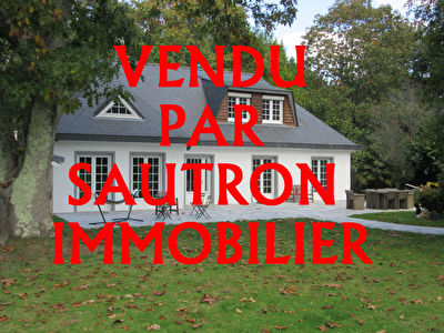 TEXT_PHOTO 0 - Maison Sautron 8 pièce(s) 148 m2